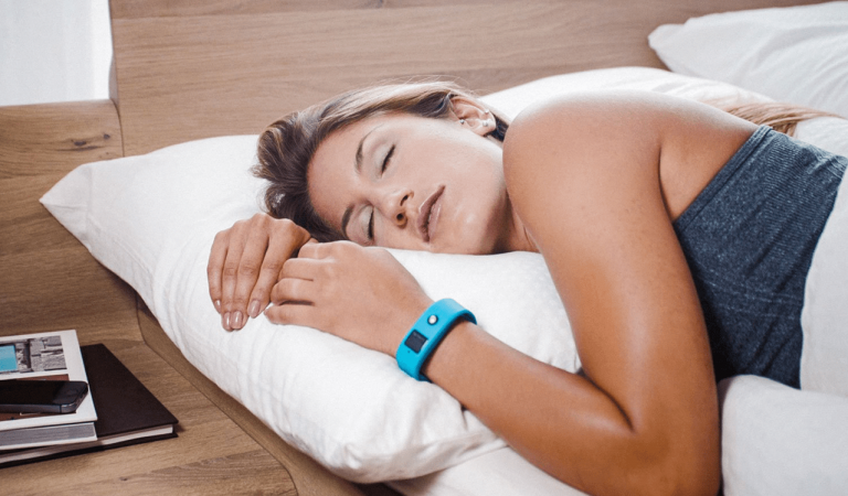 3 Benefits Of Monitoring Sleep Habits & How To Choose Your Device